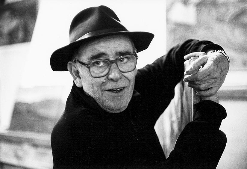 Furio Cavallini nello studio di Riparbella (2003) - foto di Mario Dondero